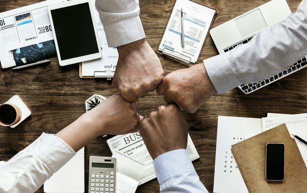 会議でのチームワーク