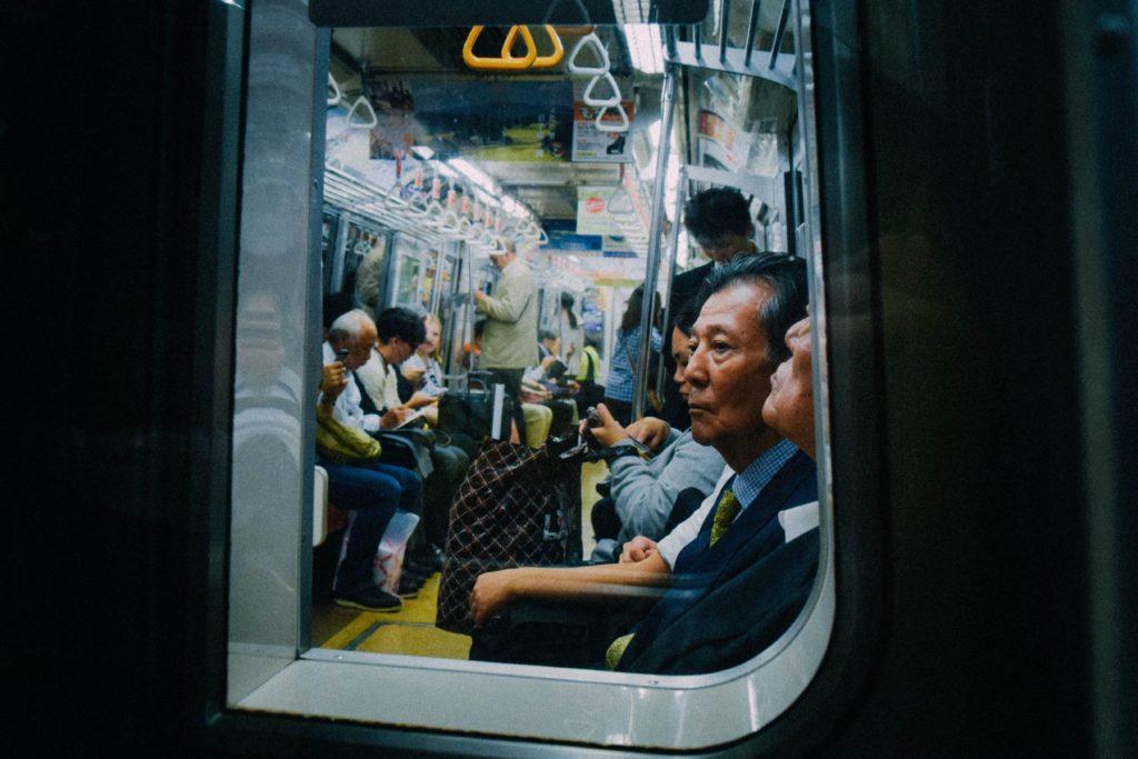 通勤電車内